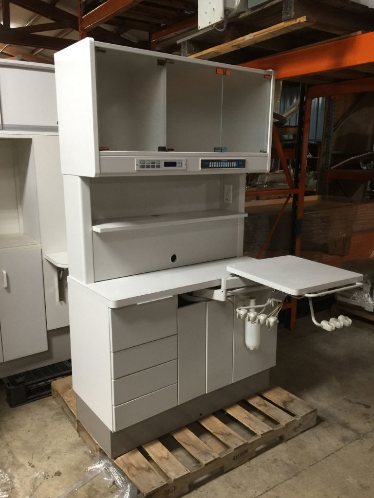 A-dec_headwall_cabinet